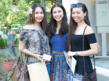 Marce Abellana with daughter, Miss Cebu 2016 Raine Baljak, and Ysabel Alesna
